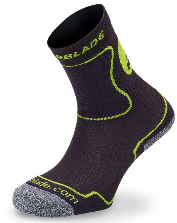 extremely comfortable black green inline skate socks for kids with reinforcements on the right places