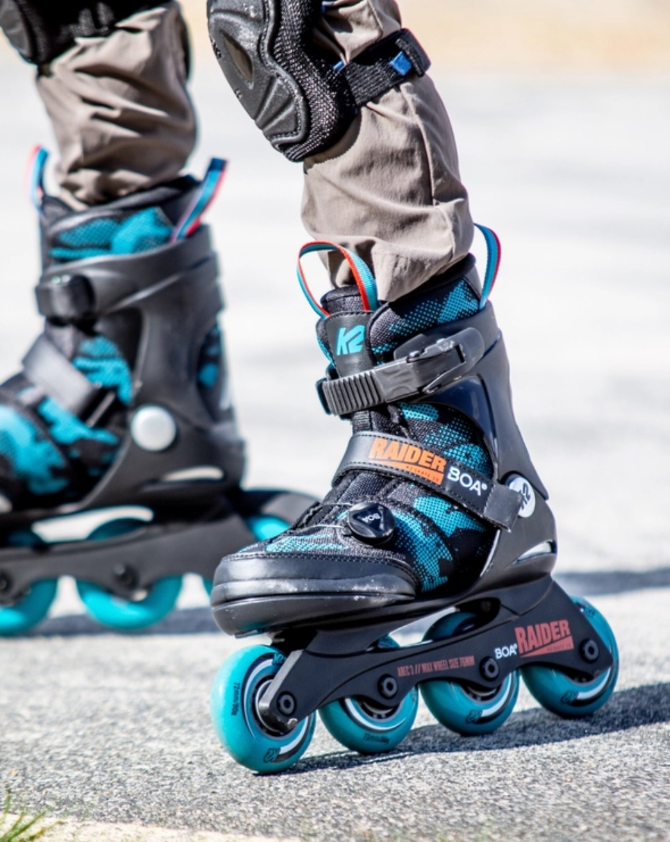 K2 Youth Skate Raider Boa with four wheels and Boa closure system in action