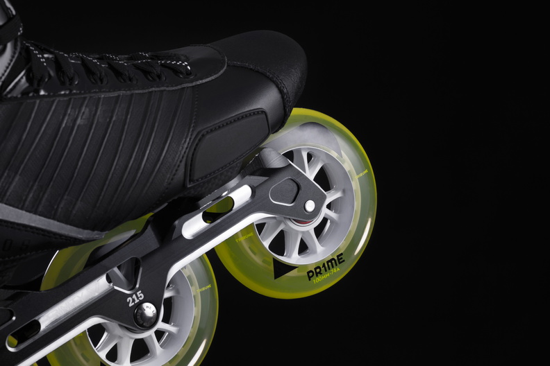 Powerslide Reign hockey Helios inline skate with three wheel trinity mount 4